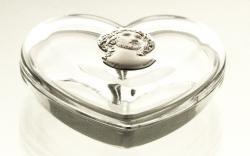 Bomboniera kryształowa serce z Jezusem (05879)